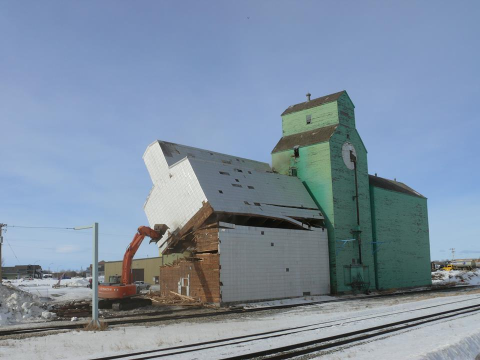 Sexsmith Grain Elevator Demolition Underway My Grande