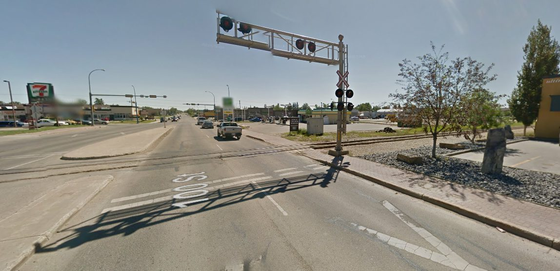 Closure on 100th Street for railway crossing replacement