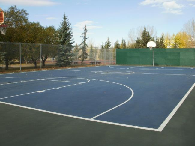 Muskoseepi Park Courts Again Closed By Pool Construction